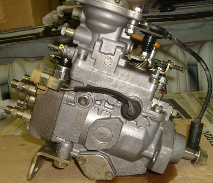 Топливный насос высокого давления двигателя 4M40